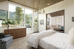 Bedroom in luxury vacation rental in Aspen